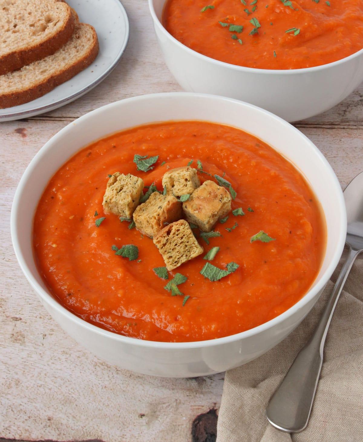 Butternut Squash & Tomato Soup
