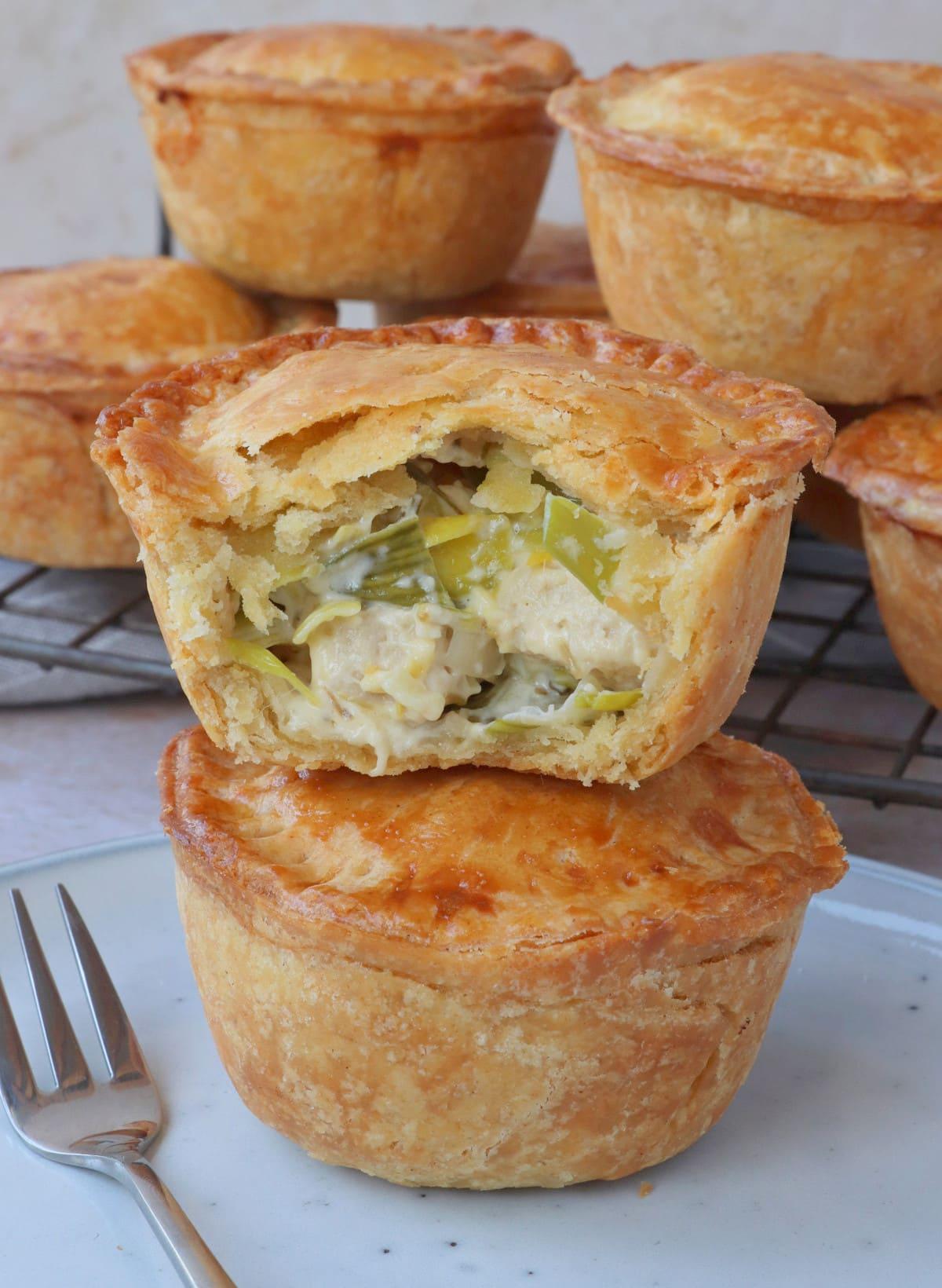 Vegetarian 'Chicken' & Leek Mini Pies